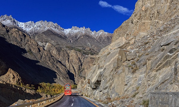 Karakoram Highway Passing Through Gojal1