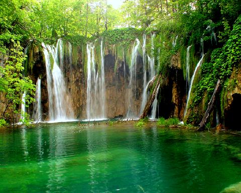 Naran Kaghan Water Falls1