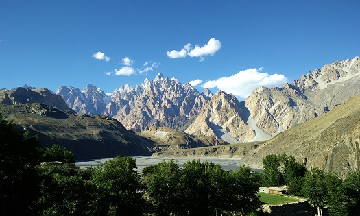 The Karakoram Mountain Range, Hunza Valley - Photo by Irfan Tahir1