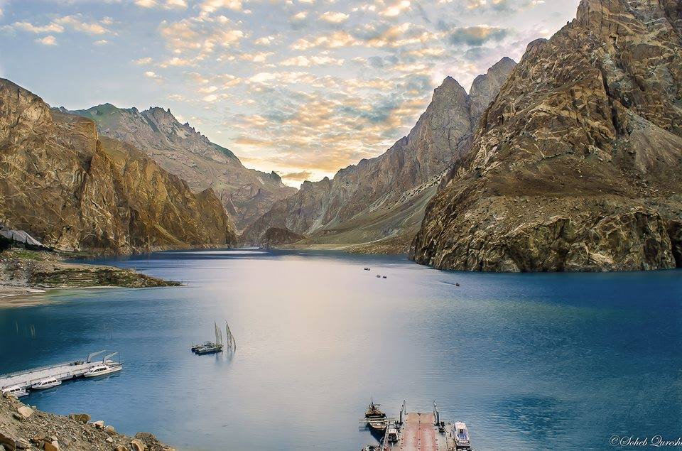 The Out of This World Beauty of Atabad Lake - Photo Credits - Soheb Qureshi