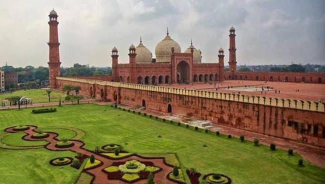 Badshahi Masjid Lahore 3