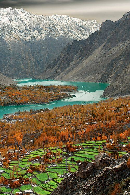 28 - A Beautiful View of Attabad Lake From Ondra Fort Gulmit, Photo Credits Gulraiz Ghori