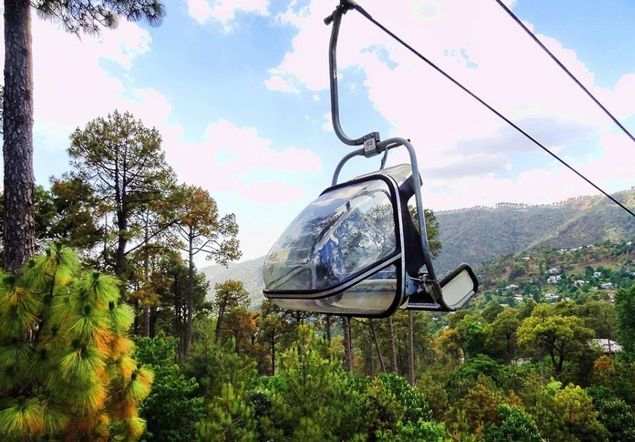 29 - Chair lifts for tourists in Patriata - New Murree