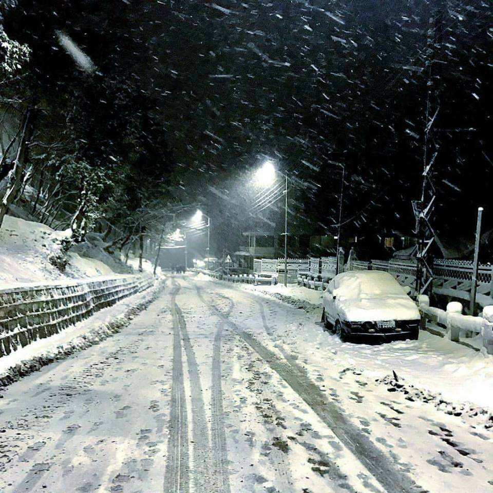 35 - Murree is the best place to enjoy snowfall during winters