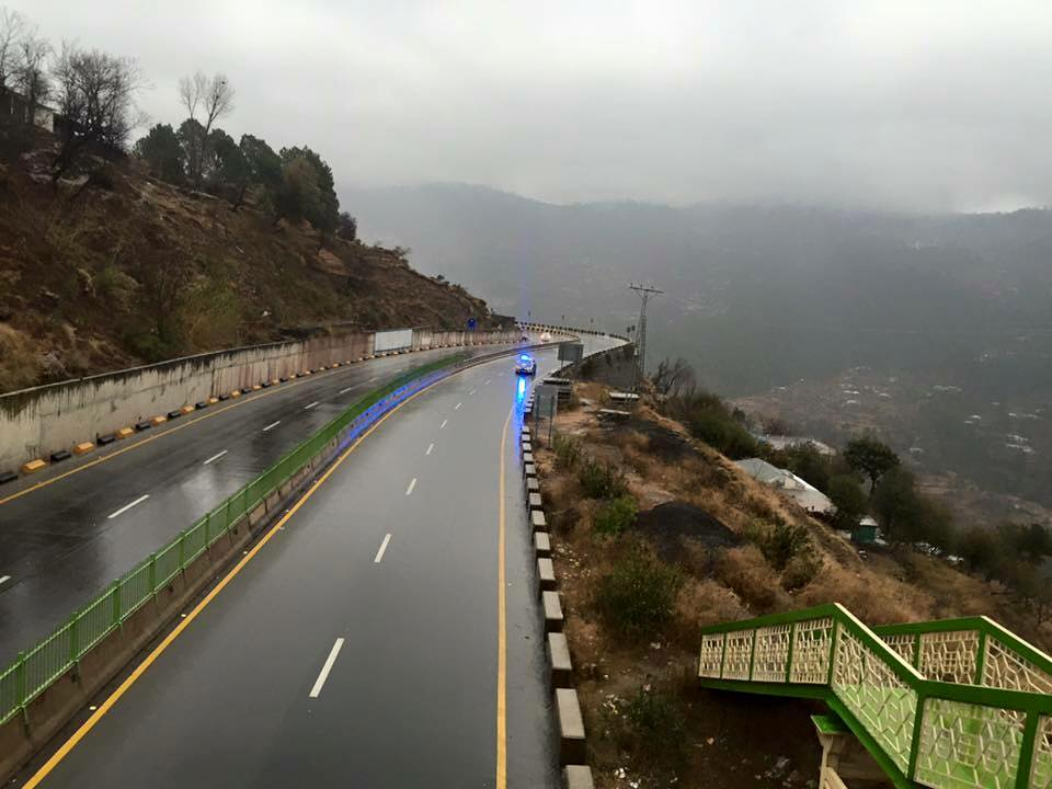 42 - Murree Expressway provides spectacular views