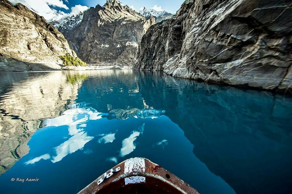 43 - Enjoy the boat ride at Attabad Lake - Photo Credits - Ray Aamir