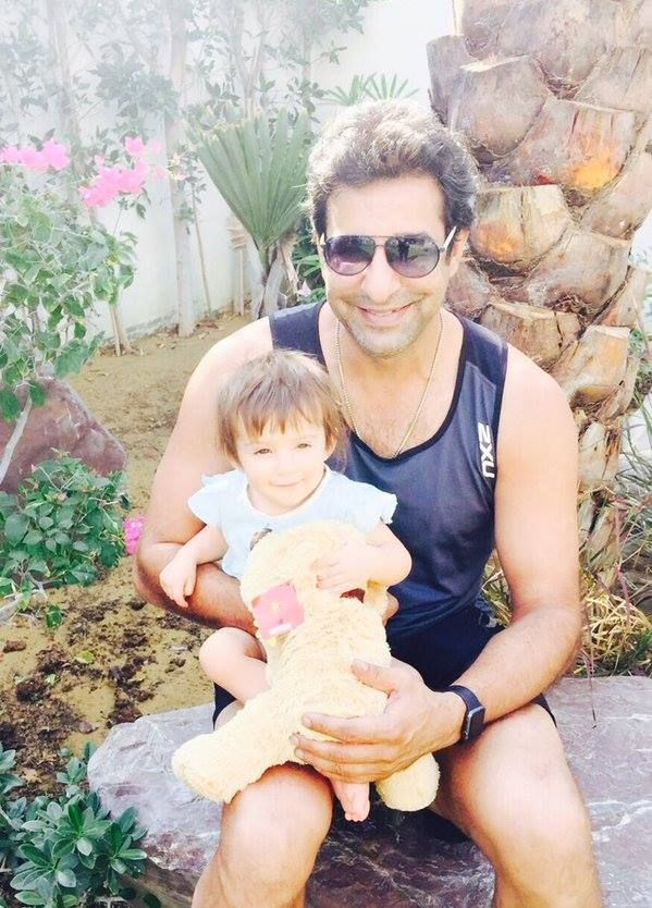 Wasim Akram with his daughter