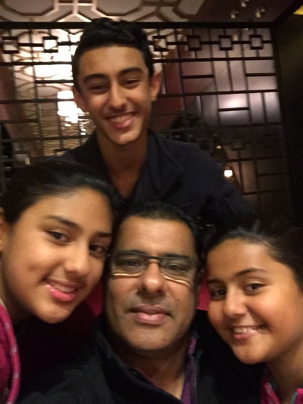 Waqar Younis with his kids