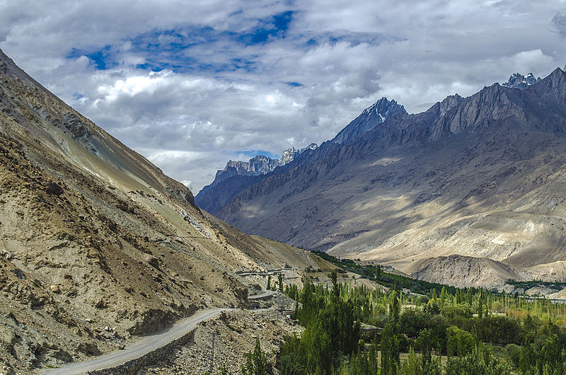 1 - Road to Hushe Valley - Photo Credits - Rizwan
