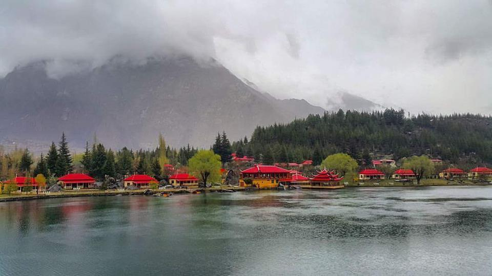 14 - Shangrilla Resort During Rain - Skardu - Gilgit Baltistan