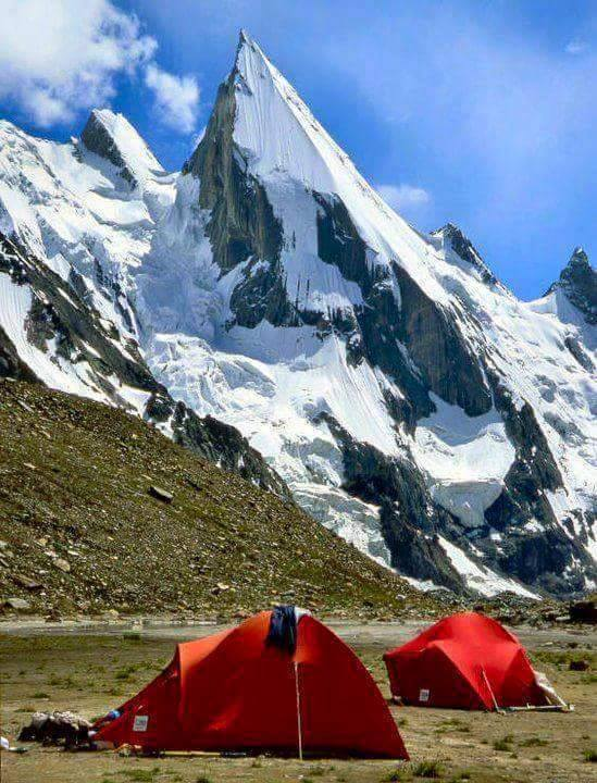 26 - Laila Peak seen from Huseh Valley - 6096 meters - Karakoarm Mountain Range - Pakistan