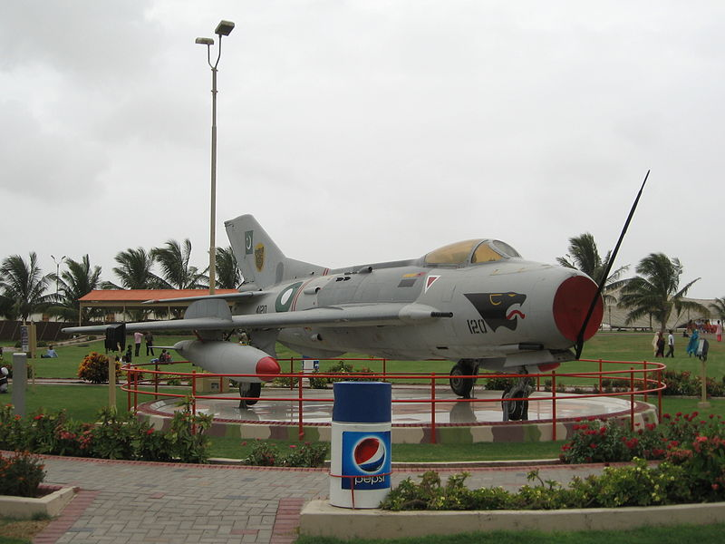 26 - Shenyang F6 Aircraft