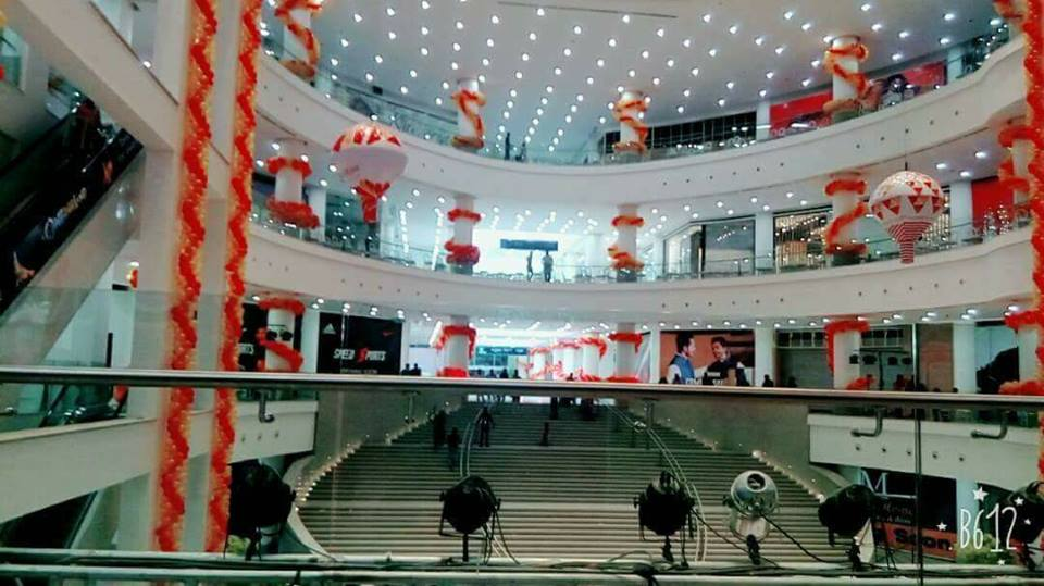 28 - Lucky One Mall Beautiful