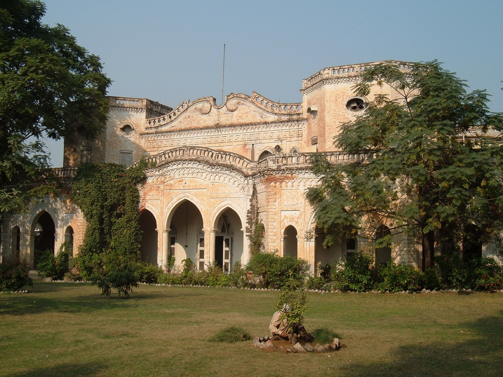 44 - Maharaja's Palace - AKA Poonch House
