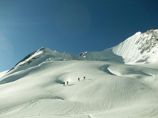 6 - Hindukush Mountain Range - Swat