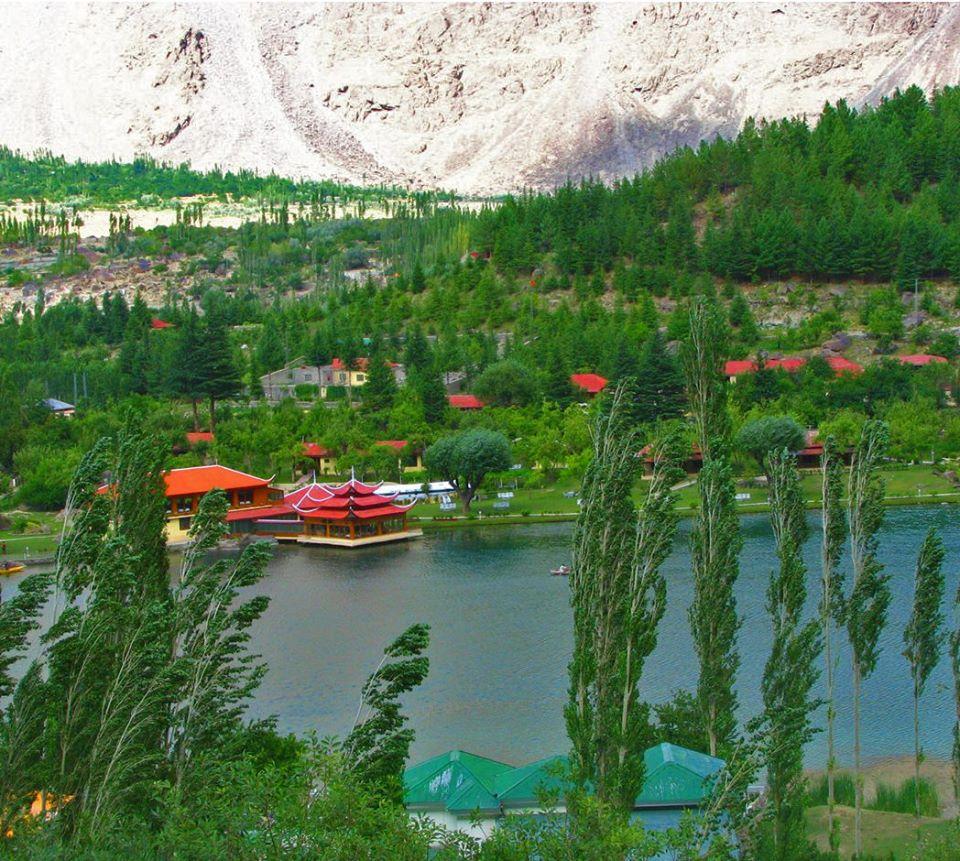7 - Shangrilla Lake - Skardu
