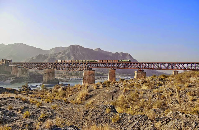 7 - Train over Attock Bridge