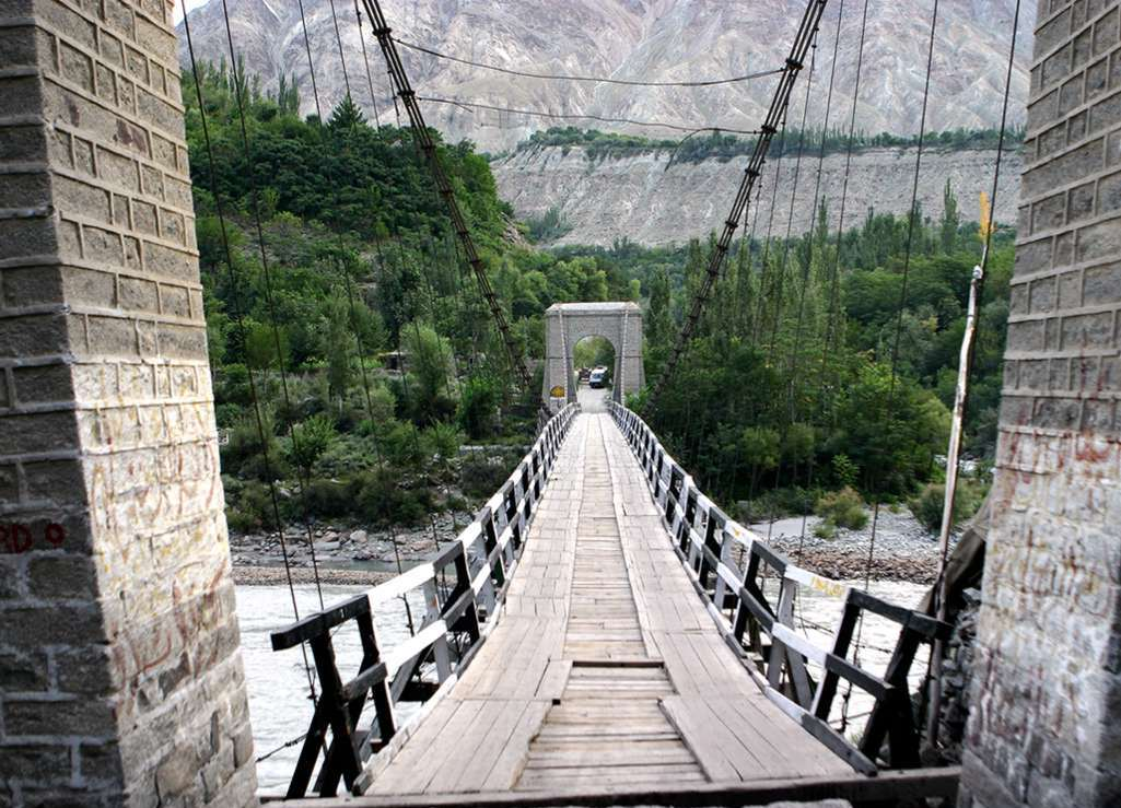 10 - Ghizer River Bridge