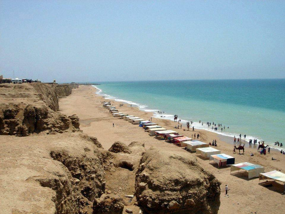 14 - Cape Mount Beach - Karachi