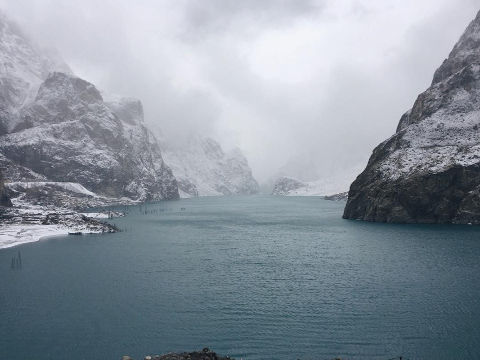 21 - Attabad Lake Snow