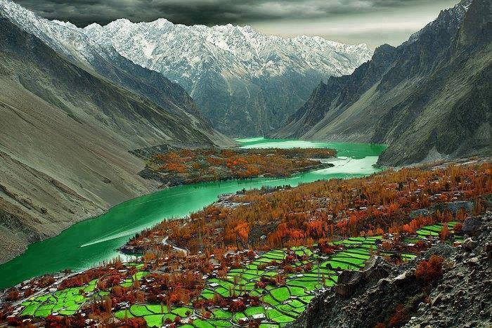 27 - Amazing View of Attabad Lake, Hunza Valley, Pakistan
