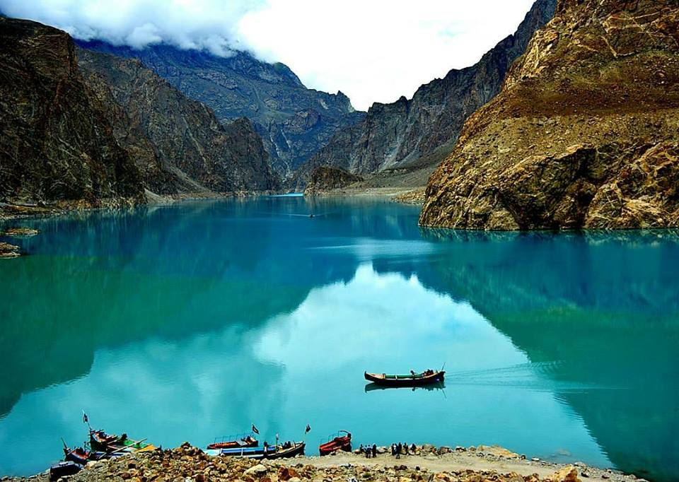 5 - Attabad Lake - One of the most beautiful lakes in the world