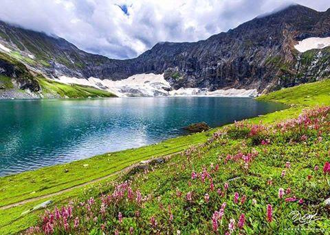 Ratti Gali Lake Track