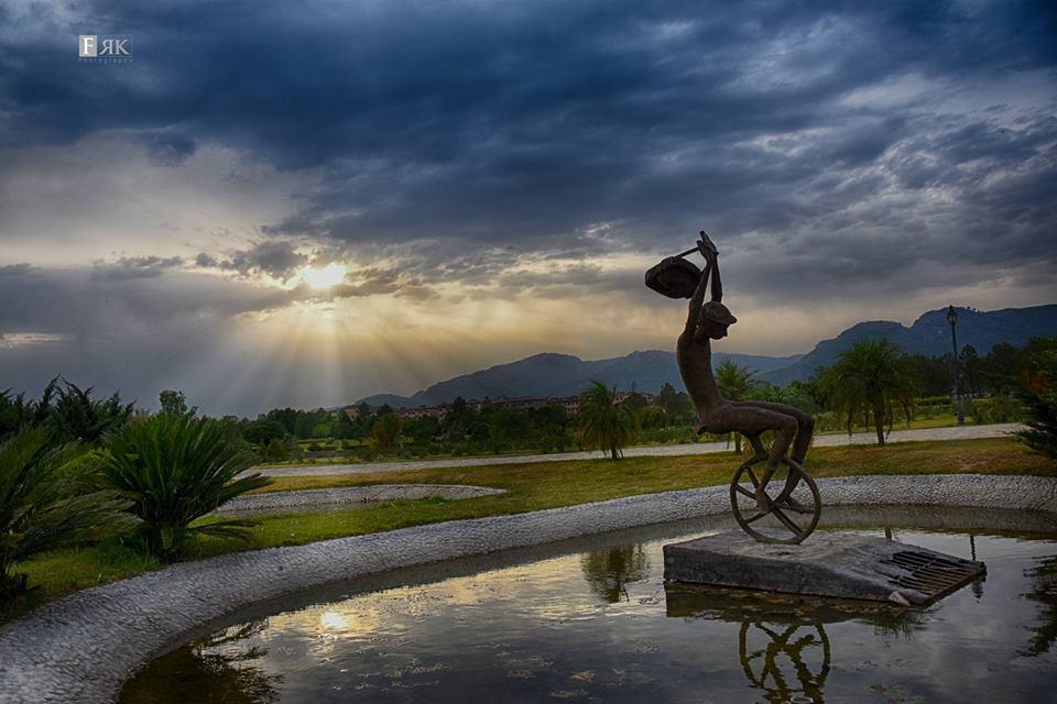 15 - Fatima Jinnah Park Statue - Photo Credits - Faisal Rafiq Khan