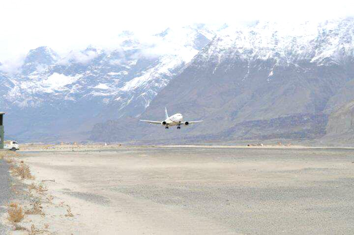 5 - An aircraft landing at the Skardu Airport
